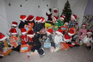 Noël dans nos écoles enfants cadeau tr  s belles 2